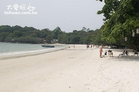 寧靜的Ao Wongduan海灘