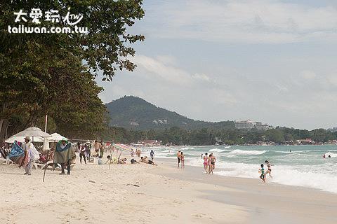 查文海灘是蘇美島最熱鬧的海灘