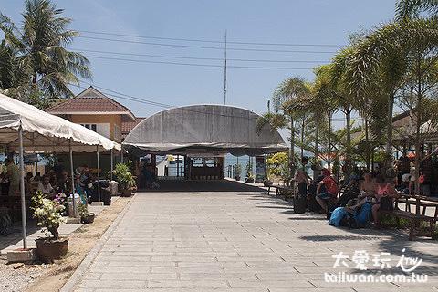 Lomprayah公司專用碼頭