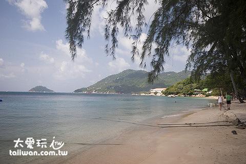 龜島蒙特拉渡假村的海灘