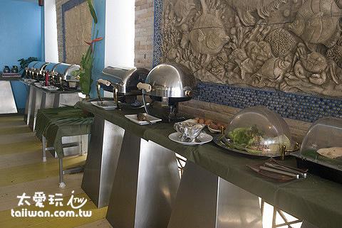 龜島蒙特拉渡假村的早餐採自助式吃到飽