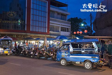 蘇叻他尼夜市