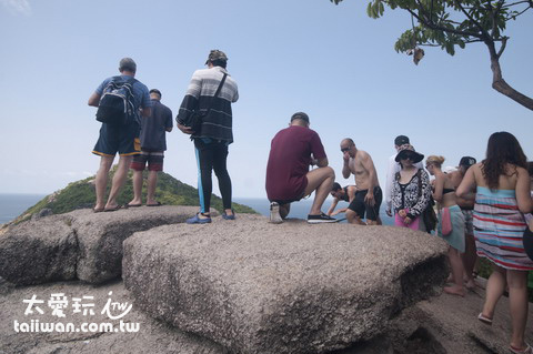 南園島登頂是遊客最愛的項目