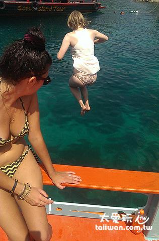浮潛完玩跳水