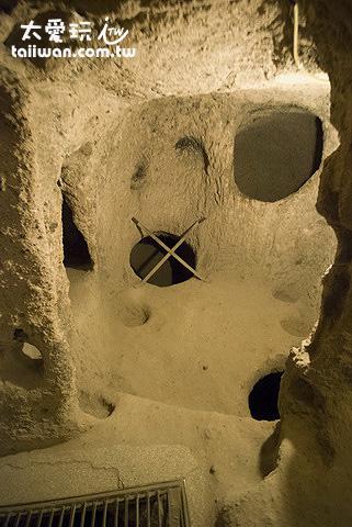 地下城Kaymakli Underground City到處都是孔洞