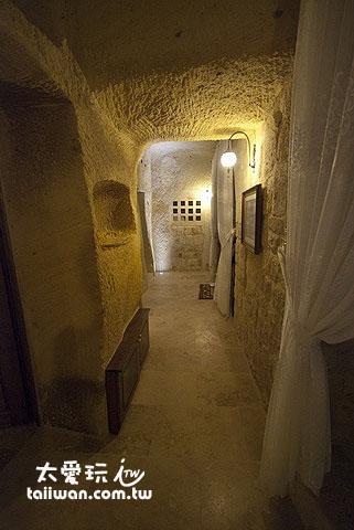 Kayakapi Premium Caves Cappadocia整個房間都在岩洞裡
